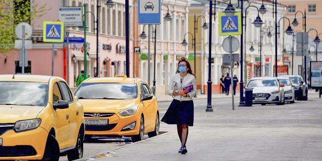 Маски и перчатки в Москве необходимо носить до разработки вакцины